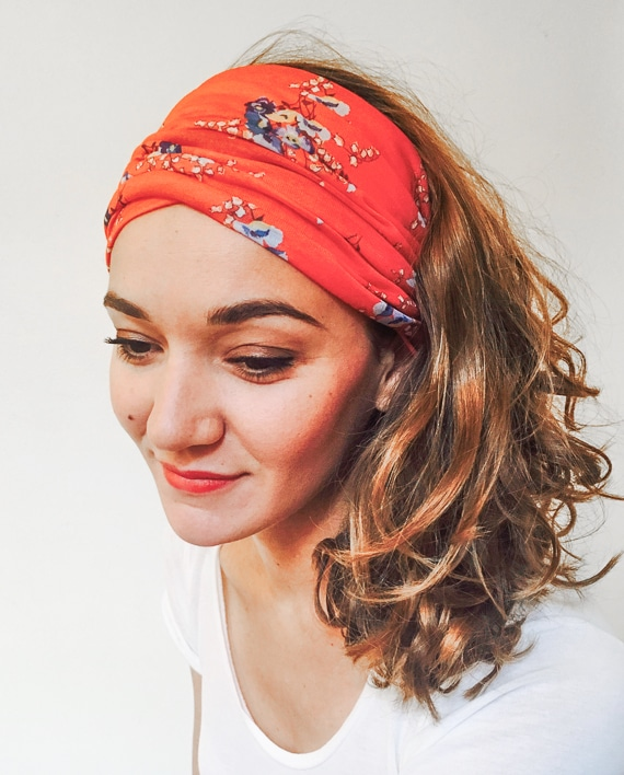 bandana cheveux rouge great en twilly coton japonais pois pratique bandeau cheveux bracelet. Black Bedroom Furniture Sets. Home Design Ideas