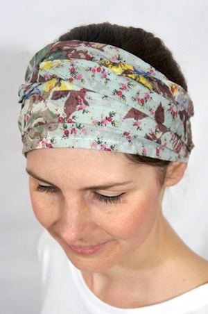 foudre-bandeaux-cheveux-fleurs-vert-pastel-2