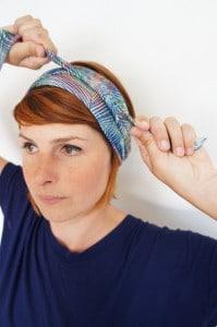 Foudre | Comment attacher un bandeau dans ses cheveux de façon toute simple
