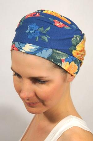 foudre-turbans-motif-fleurs-bleu-tahiti-4