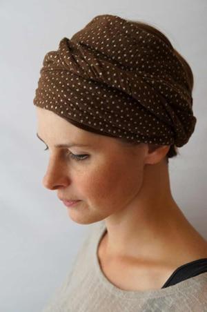 Bandeau à cheveux headband extensible à pois marron et blanc
