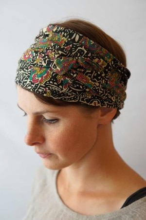 Bandeau à cheveux headband extensible motif batik Foudre