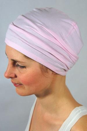 foudre-bonnet-chimiotherapie-br-rose-bb-1