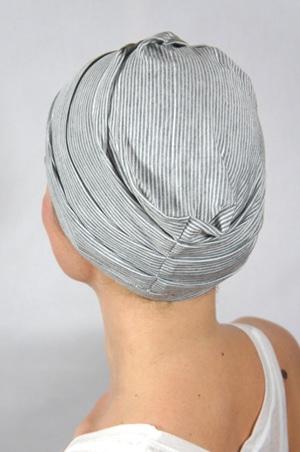 foudre-bonnet-chimiotherapie-raye-tennis-2