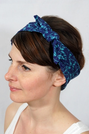 foudre-bandana-cheveux-bleu-azur