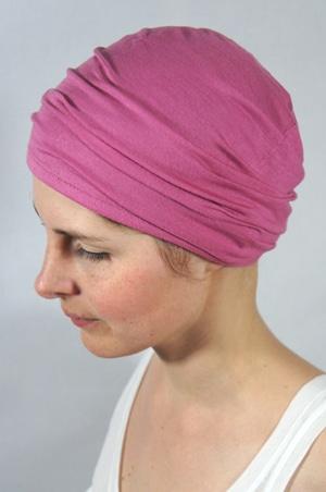foudre-bonnet-chimiotherapie-br-rose-fonce-2