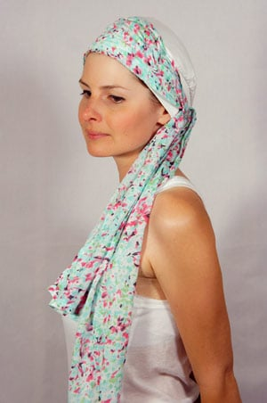 bonnet-foulard-chimiotherapie-foudre-blanc-bleu-rose