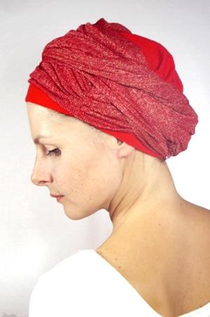 foudre-bonnet-turban-foulard-chimiotherapie-pelade-rouge-dore-3
