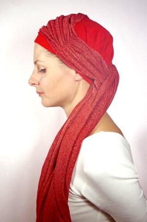 foudre-bonnet-turban-foulard-chimiotherapie-pelade-rouge-dore-2