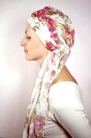 foudre-bonnet-turban-foulard-chimiotherapie-pelade-roses-2