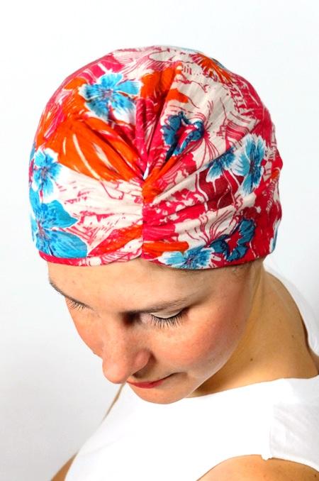 bonnet_chimiotherapie_foudre_fleurs_hawaienne