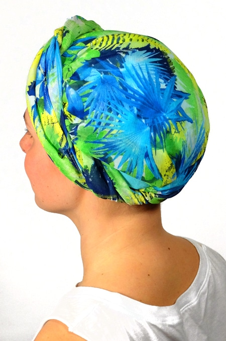foulard_chimiotherapie_foudre_bleu_fleurs_tropical_trop6