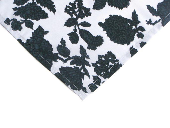 bandana_cheveux_foudre_coton_fleurs_noir_blanc-dt