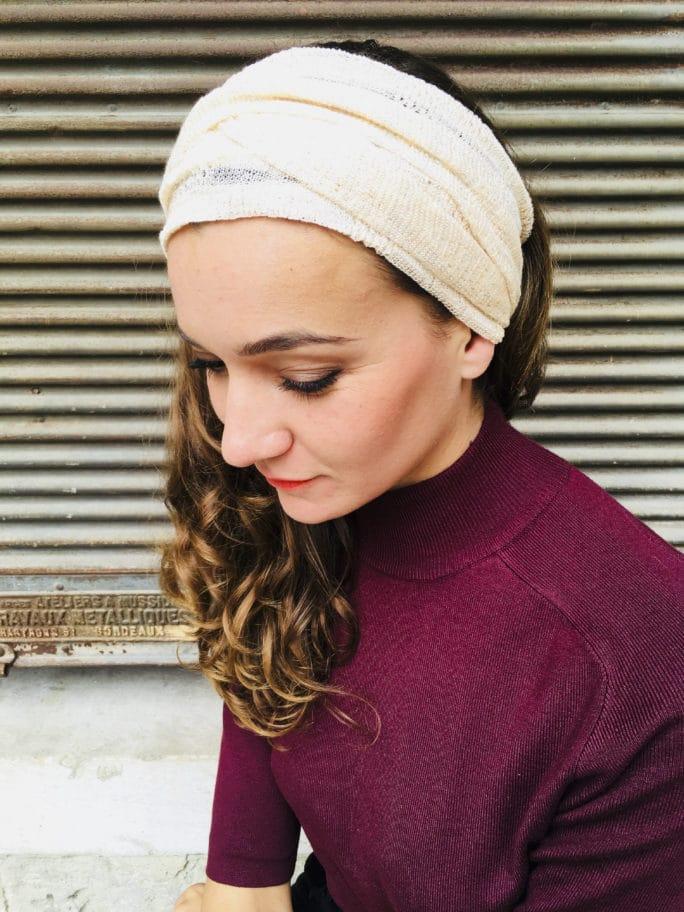Bandeau à cheveux élastique rose poudré de la marque Foudre