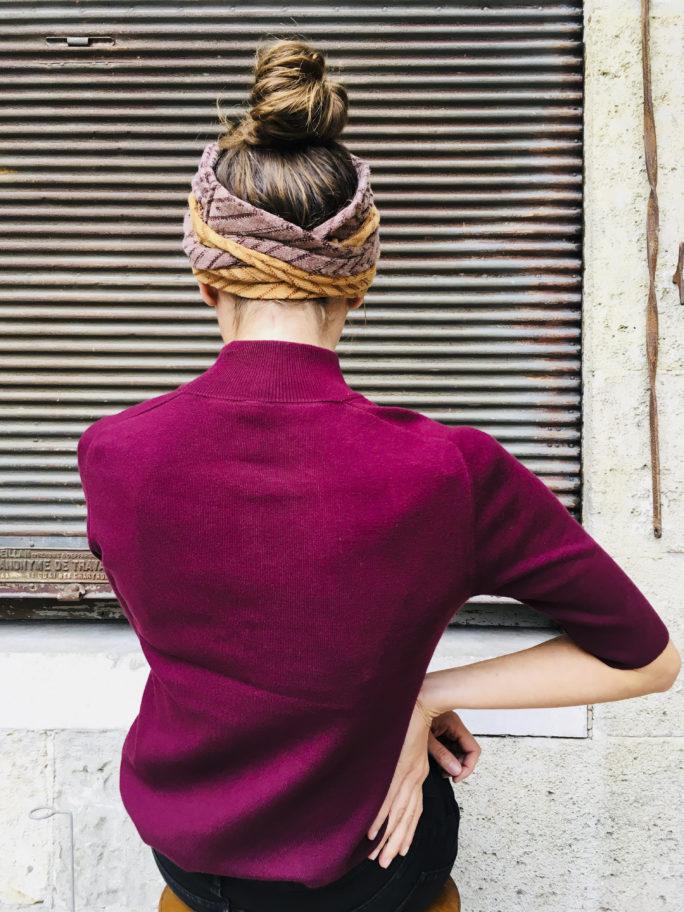 Comment nouer des bandeaux à cheveux pour un joli effet drapé