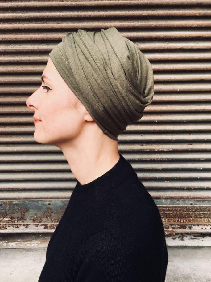 turban-chimiothérapie-foudre-kaki-elegant