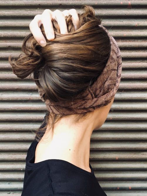 bandeau-a-cheveux-foudre-chaud-maille-taupe