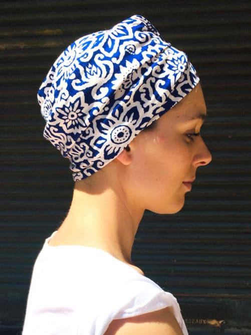 turban-chimiotherapie-coton-maya-bleu-facile-a-mettre