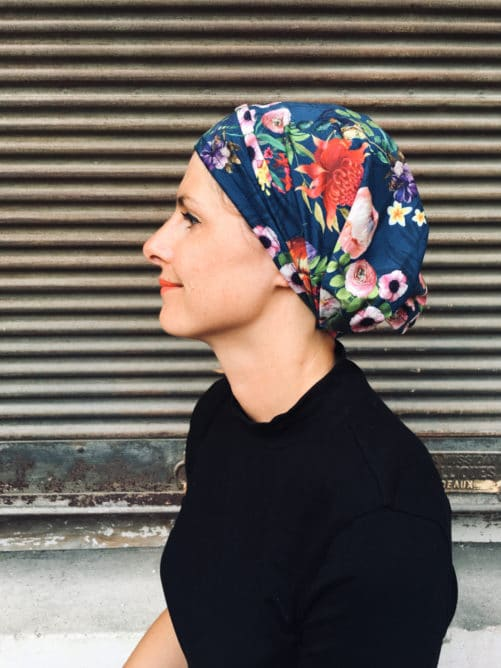 bandeau pour chimiothérapie à scratch à fleurs bleu et multicolore