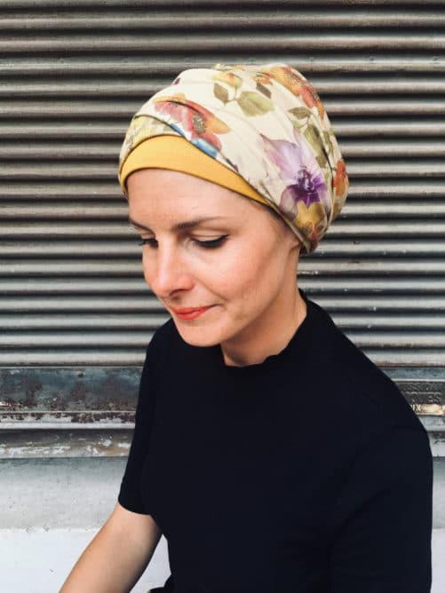 ensemble de bonnet et bandeau pour chimiotherapie à fleurs ocre