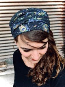 bandeau à cheveux pour alopécie motif plumes de paon
