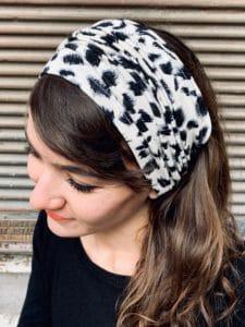 bandeau à cheveux pour alopécie confortable motif léopard crème