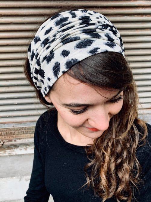 bandeau à cheveux pour pelade confortable motif léopard crème