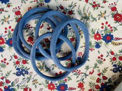 elastiques-a-cheveux-doux-petrole