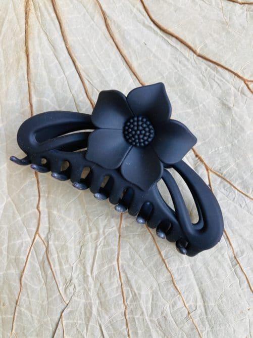 pince-a-cheveux-art-nouveau-noir