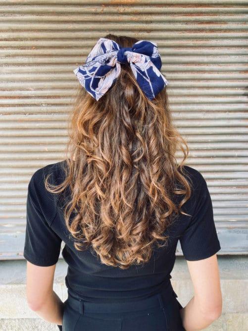 noeud_a-cheveux_tissus_fleurs_marine