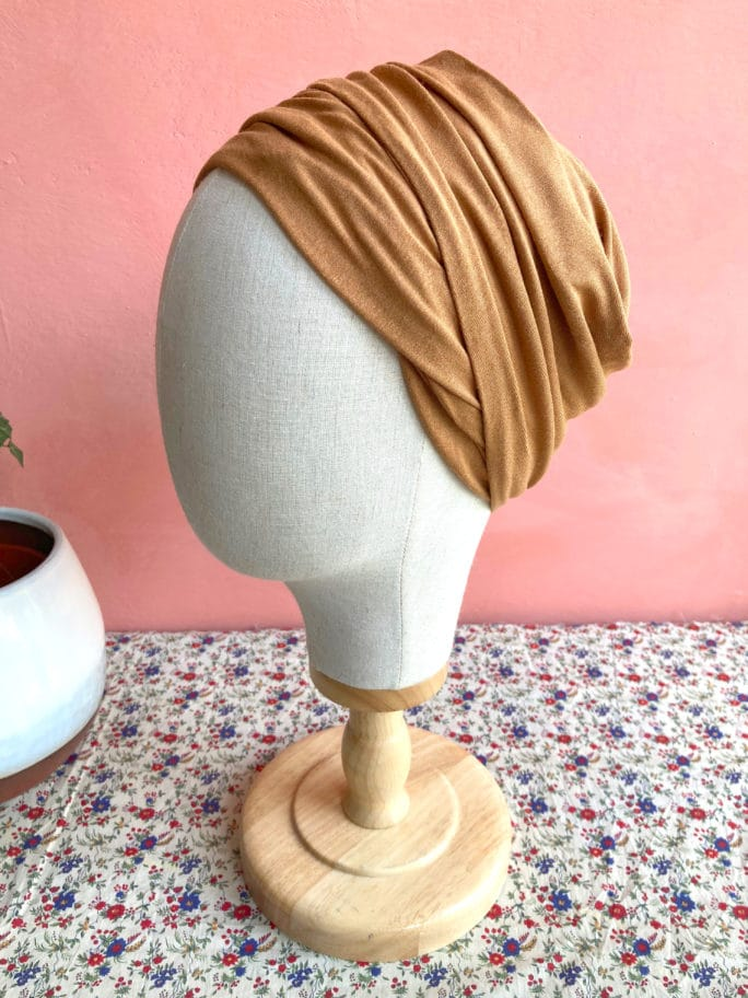 turban-chimiotherapie-chaussette-camel